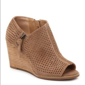 Lucky Brand Jabilo Suede Wedges | Nearly New